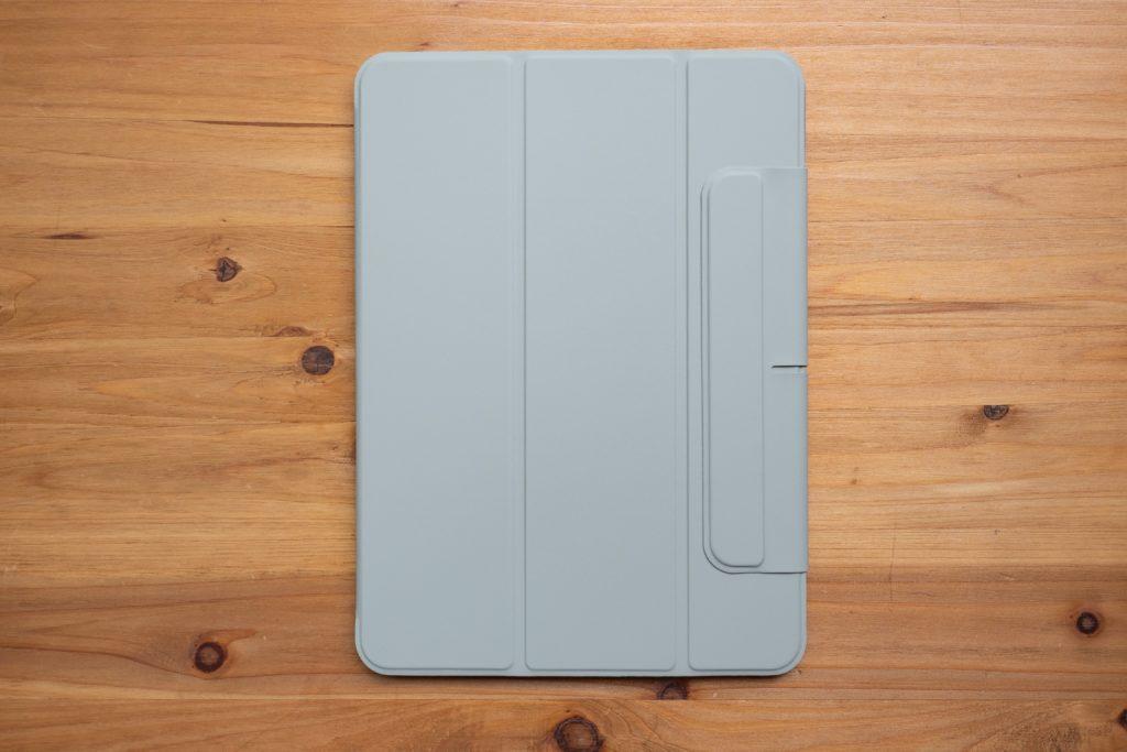 ESR iPad Air 4 ケースの正面