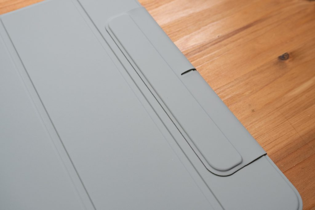 ESR iPad Air 4 ケースのApple Pencilカバー