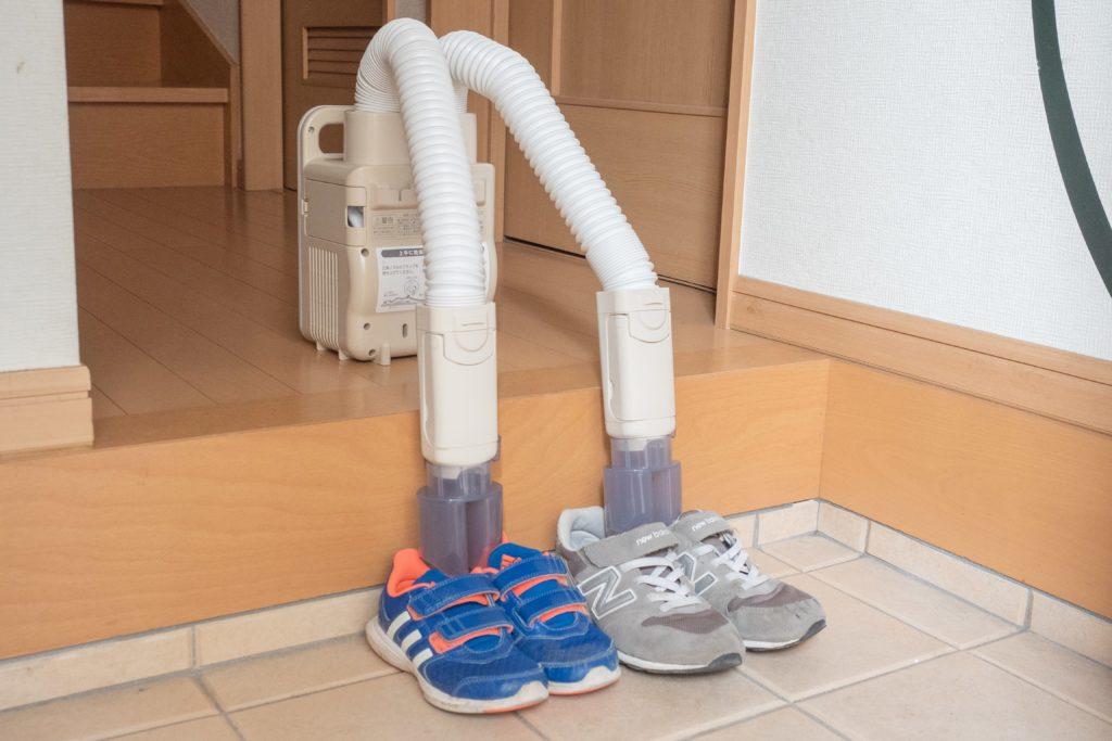アイリスオーヤマ布団乾燥機は靴乾燥機にもなる