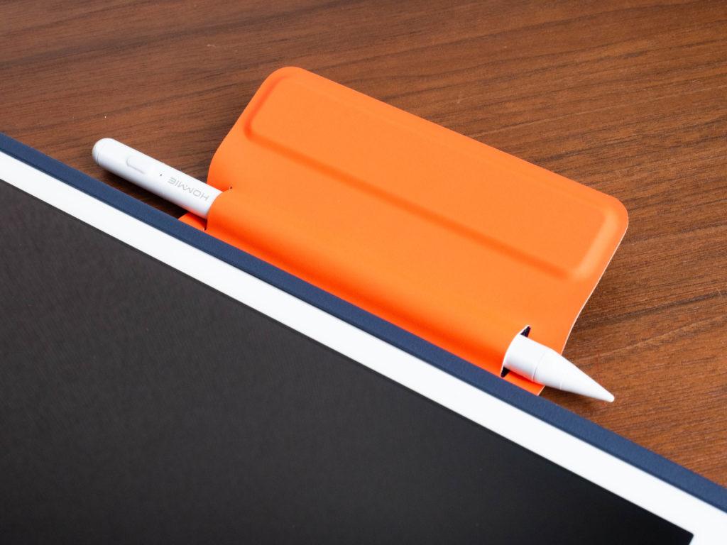 LogicoolのRUGGED FOLIOのマグネットラッチはタッチペンを収納できる