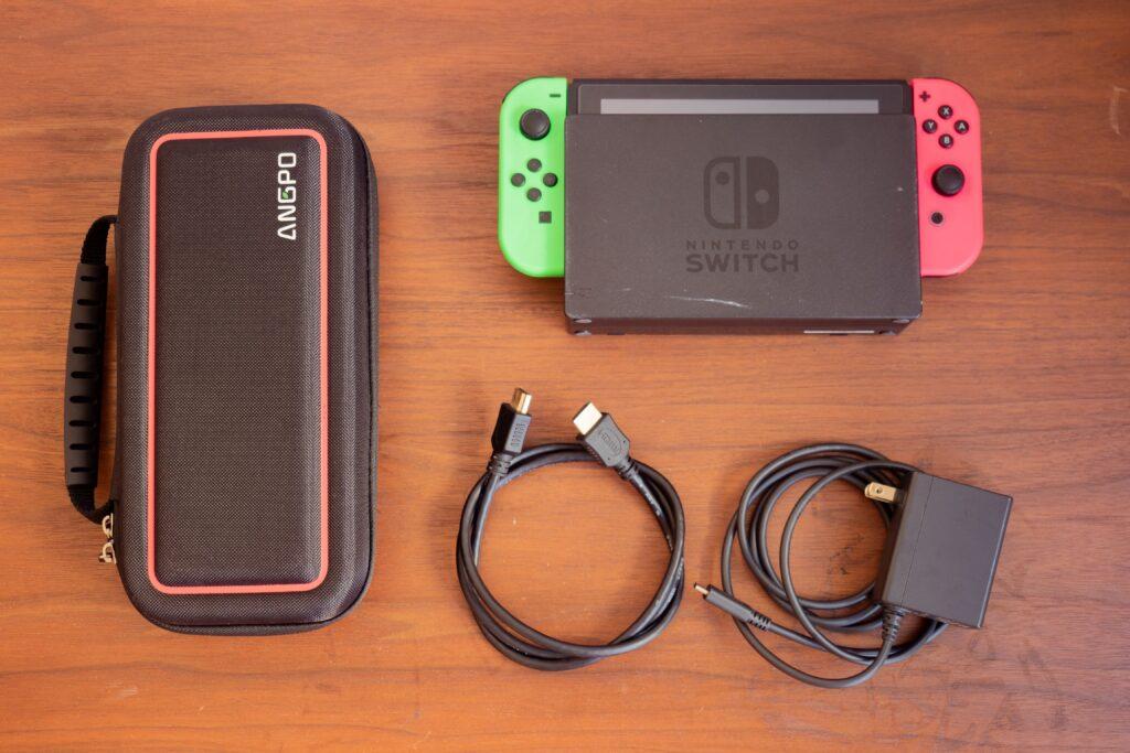 旅行時のNintendo Switch一式 before